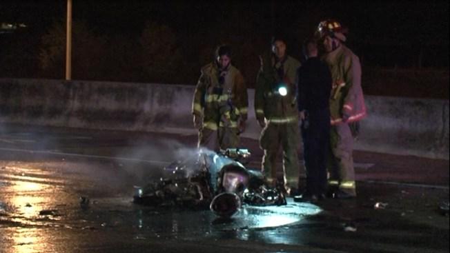 Osado motociclista terminó en llamas