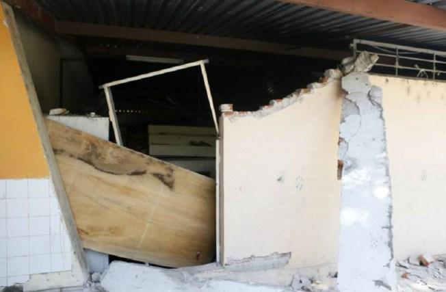 Alumnos y docentes de 19 escuelas capitalinas serán reubicados tras sismo
