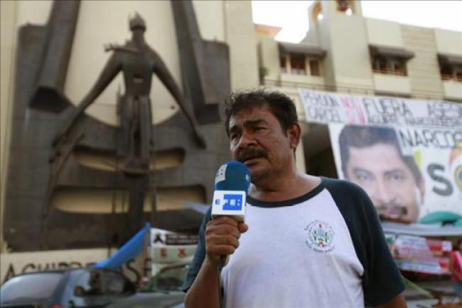 Padres darán ultimátum a Peña Nieto