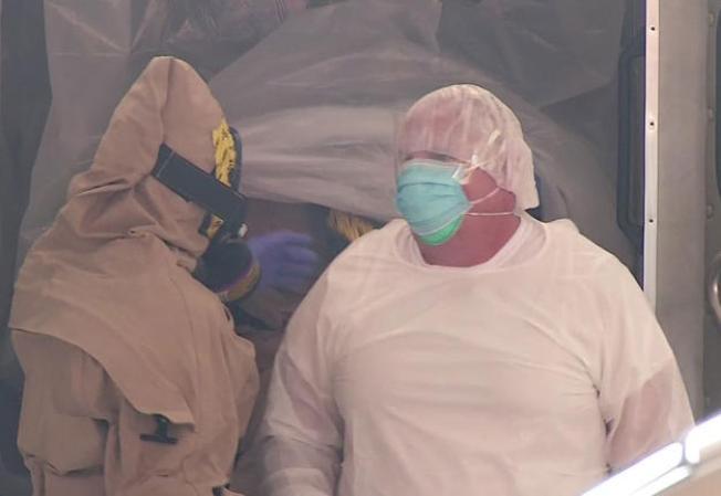 Oficial tuvo posible contacto con ébola