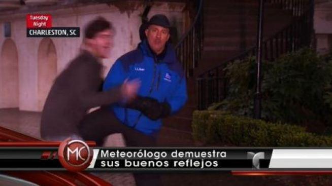Atacan a meteorólogo en vivo