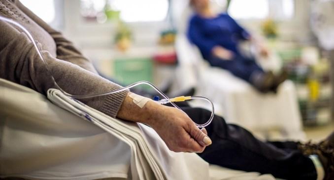 Investigación: vitamina C hace inmortales a células cancerígenas